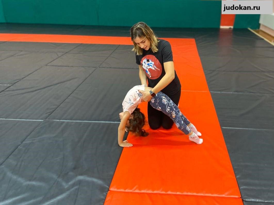 гимнастика для девочек на преображенской площади